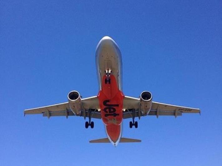A warm Sunshine Coast welcome for Jetstar's new Adelaide services